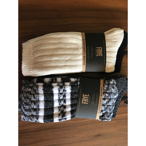 NWT Supersoft Frye socks (4pairs)